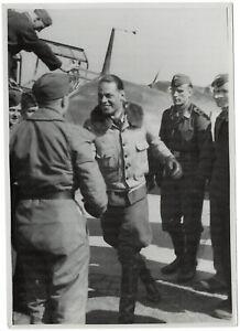 Flugzeugfuehrer-melden-sich-zurueck-Orig-Pressephoto-von-1944