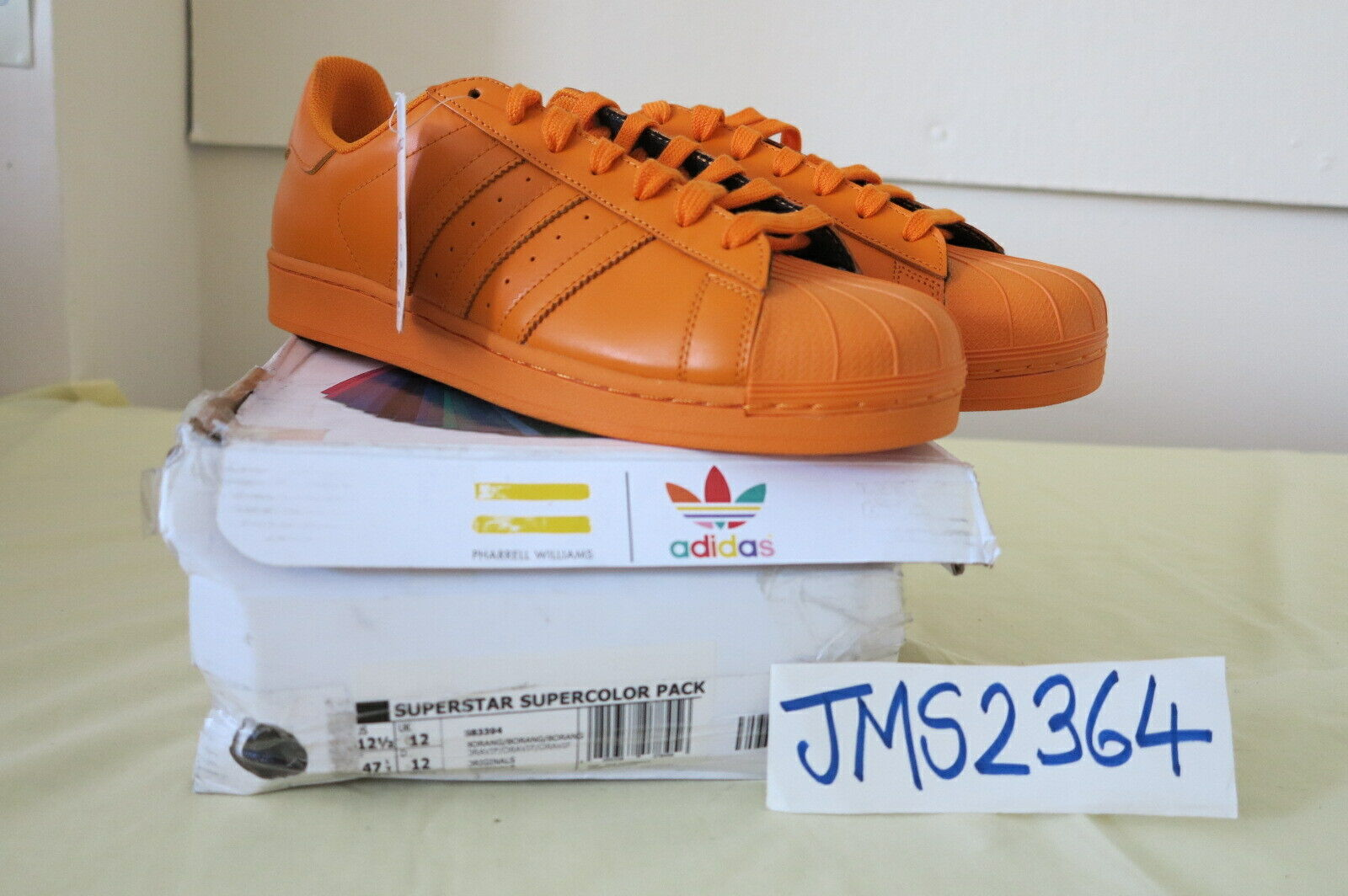 ADIDAS ORIGINALS PHARRELL WILLIAMS SUPERSTAR SUPERFarbe Orange 12.5US 12UK RARE