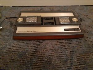 Mattel-Electronic-Intellivision-Console-NO-RESERVE