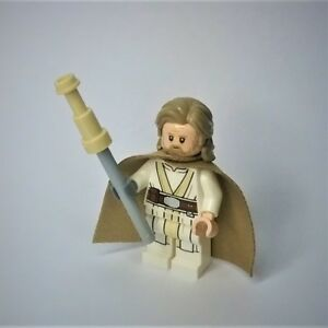 Genuine-LEGO-Star-Wars-Old-Luke-Skywalker-Minifigure-w-weapon-75200