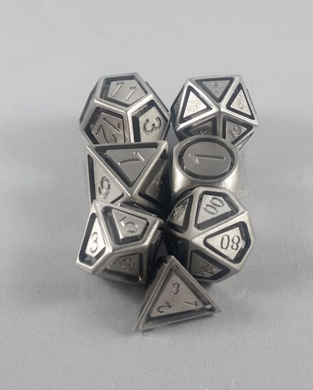 Floating Face Polyhedral  7-Die Set Solid Steel - Gaming Dice  marchi di moda
