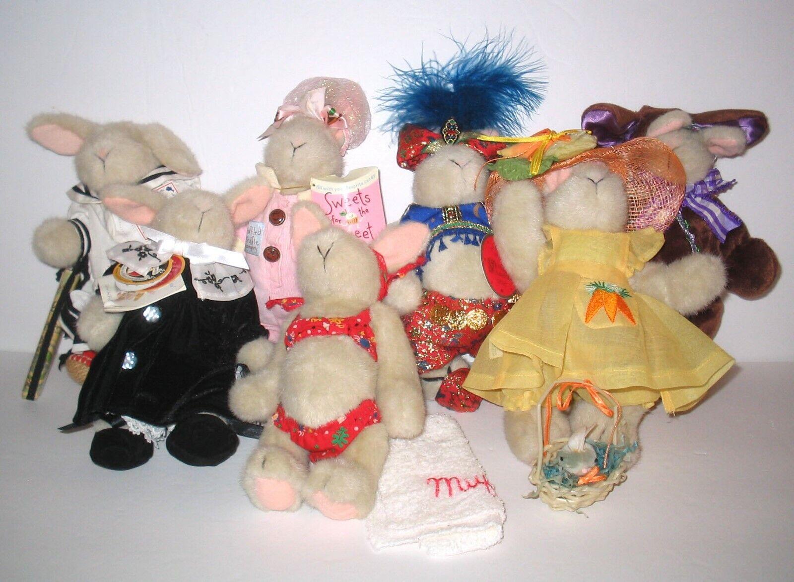 Bundled Lot 7 Dressed HOPPY VANDERHARE Plush Muffy   NAB