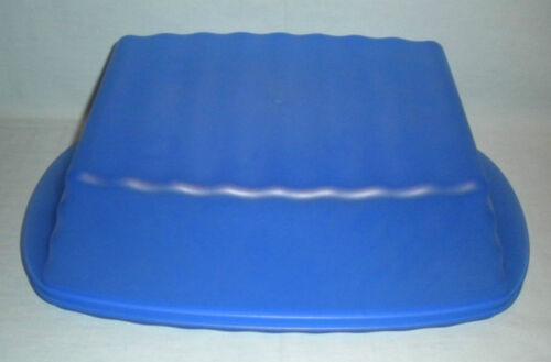 Tupperware Bakery Keeper NEW Blue