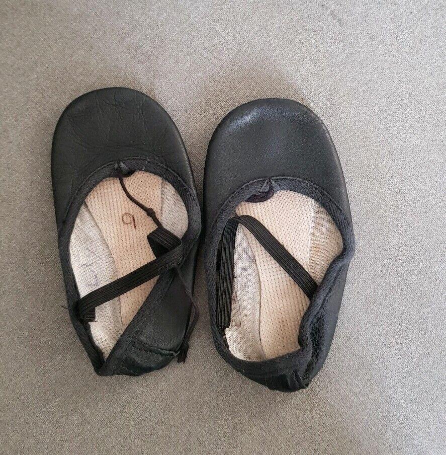 Used Dance Ballet Leather Single Sole Slipper UK Size 9 EU Size 27