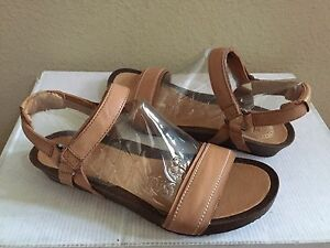 a274df2056c9 Image is loading TEVA-YSIDRO-STITCH-WEDGE-LEATHER-TAN-STRAPPY-SANDALS-