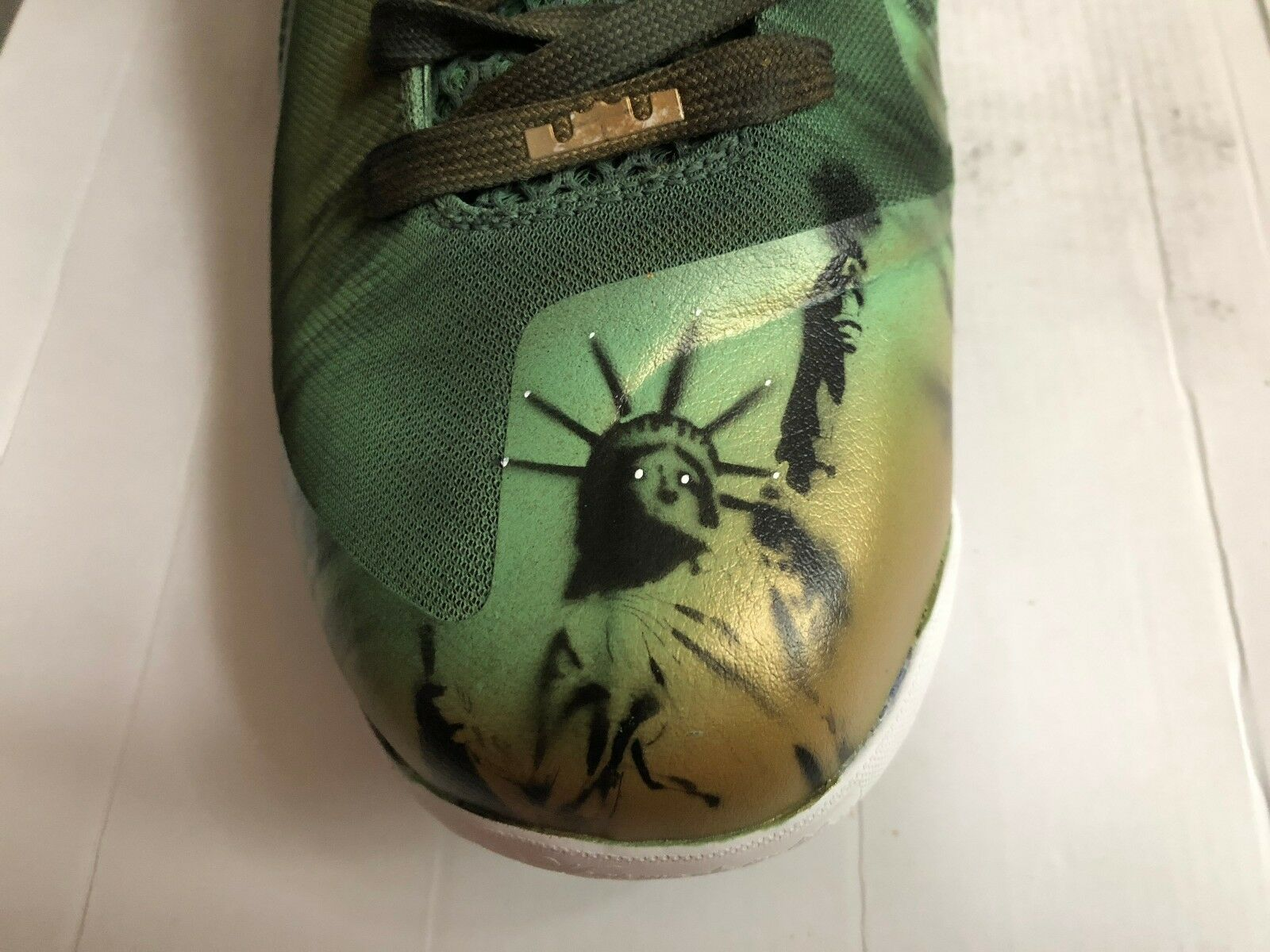 "2011 Nike Lebron 9 Kickasso ""Statue of Liberty"" (469764-400) Men's US size 12"