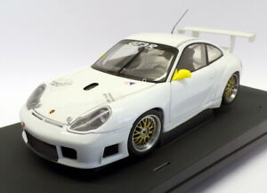 Autoart-1-18-Scale-Model-Car-77821-Porsche-911-GT3R-White