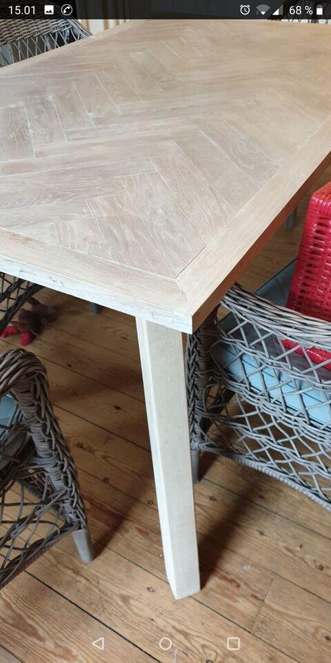 Spisebord, Sildebensbord Egetræ og asketræ, Tornow