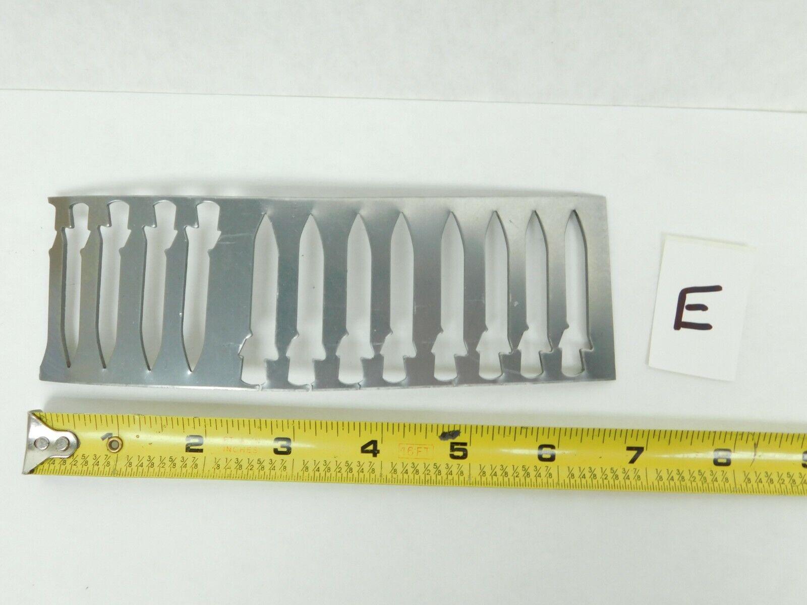 QUEEN CUT. STEEL SHEET POCKET KNIFE BLADE CUTOUT INDUSTRIAL WALL HANG DECOR QC E