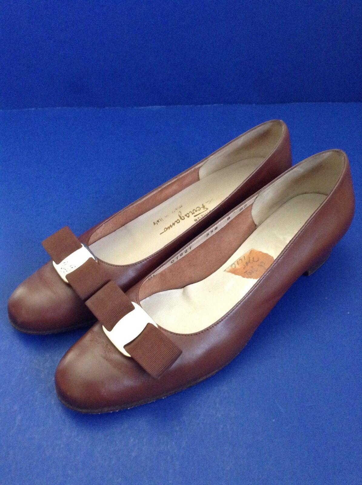 Vtg Salvatore Ferragamo Boutique Lillaz Vara Brown Bow Low Heel Pump 8 A2 (AA)
