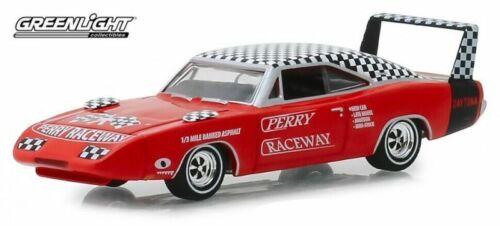 1969 Dodge Charger Daytona Perry Raceway *** Greenlight Hobby 1:64 OVP