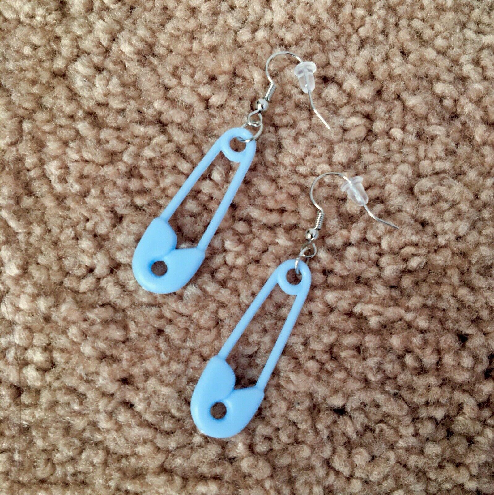 Pastel Star Earrings cute y2k