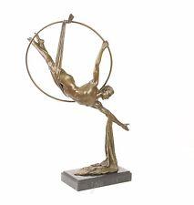 9973376-dssp Bronze Skulptur Trapez Künstler erotisch neu