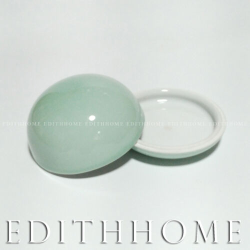 Light Green Porcelain Seal Paste Container Suitable for ~30g 8.3 x 5.2cm