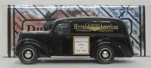 Durham-1-43-escala-Dur-22-1939-Ford-Panel-Van-Chicago-Herald-American