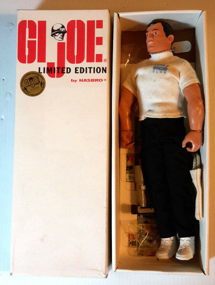 1997 GI JOE Convention Officer's Club 12  w Accessories-Limted Edition (GI-13)