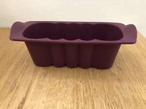 TUPPERWARE - MOULE A CAKE JUNIOR NEUF