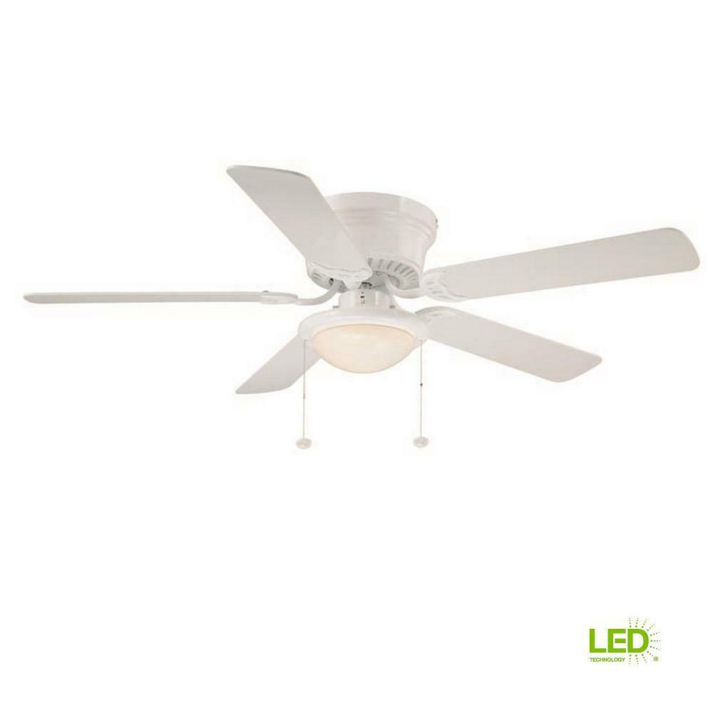 52 Hunter Fan White Ceiling Fan In White With A Clear Frosted Glass Light Kit For Sale Online Ebay
