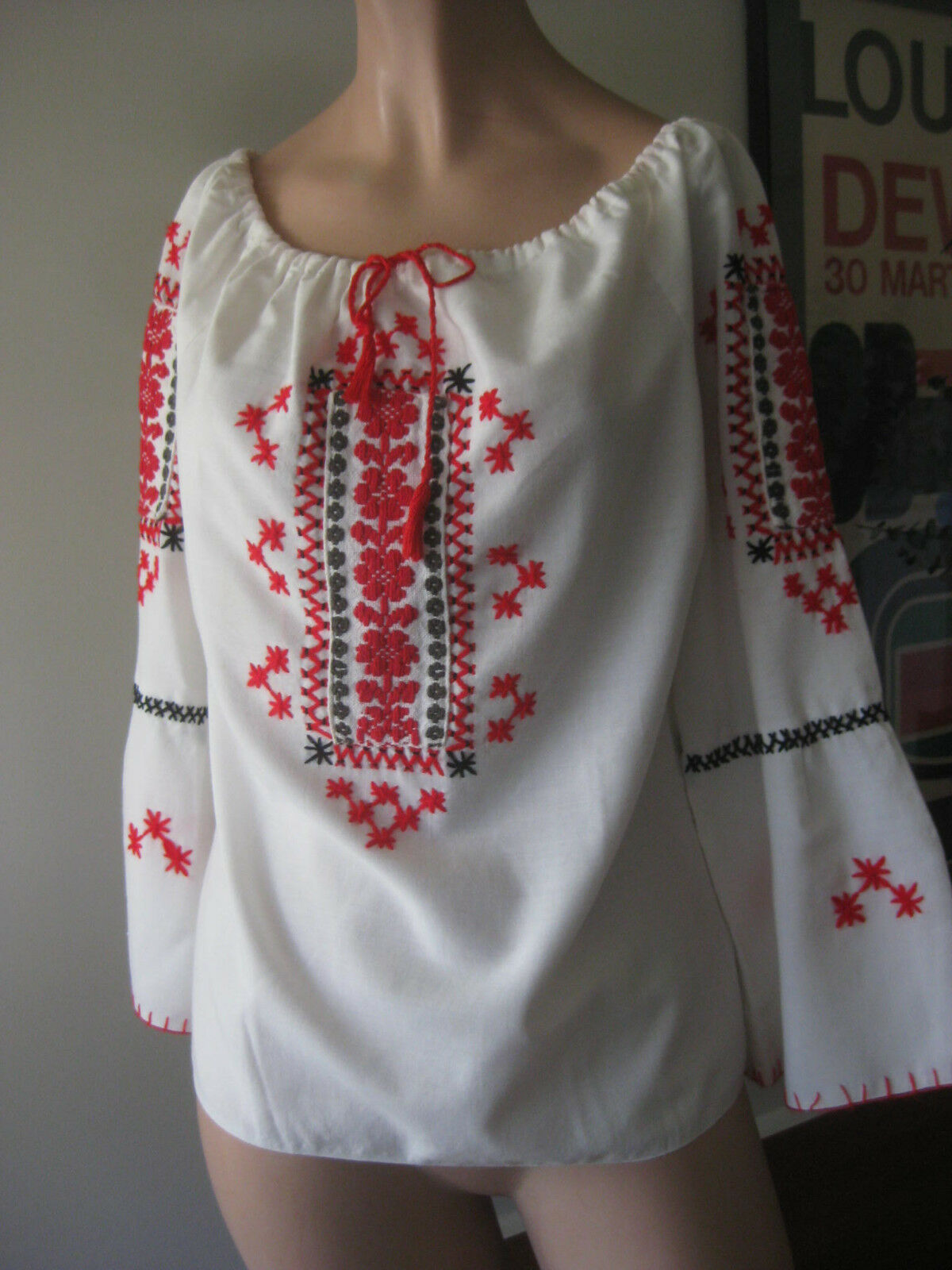 HUNGARIAN HAND Embroidered BLOUSE vintage - image 3