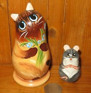 Matryoshka-SIAMESE-CAT-amp-GREY-MOUSE-hand-painted-Russian-2-small-Nesting-Dolls