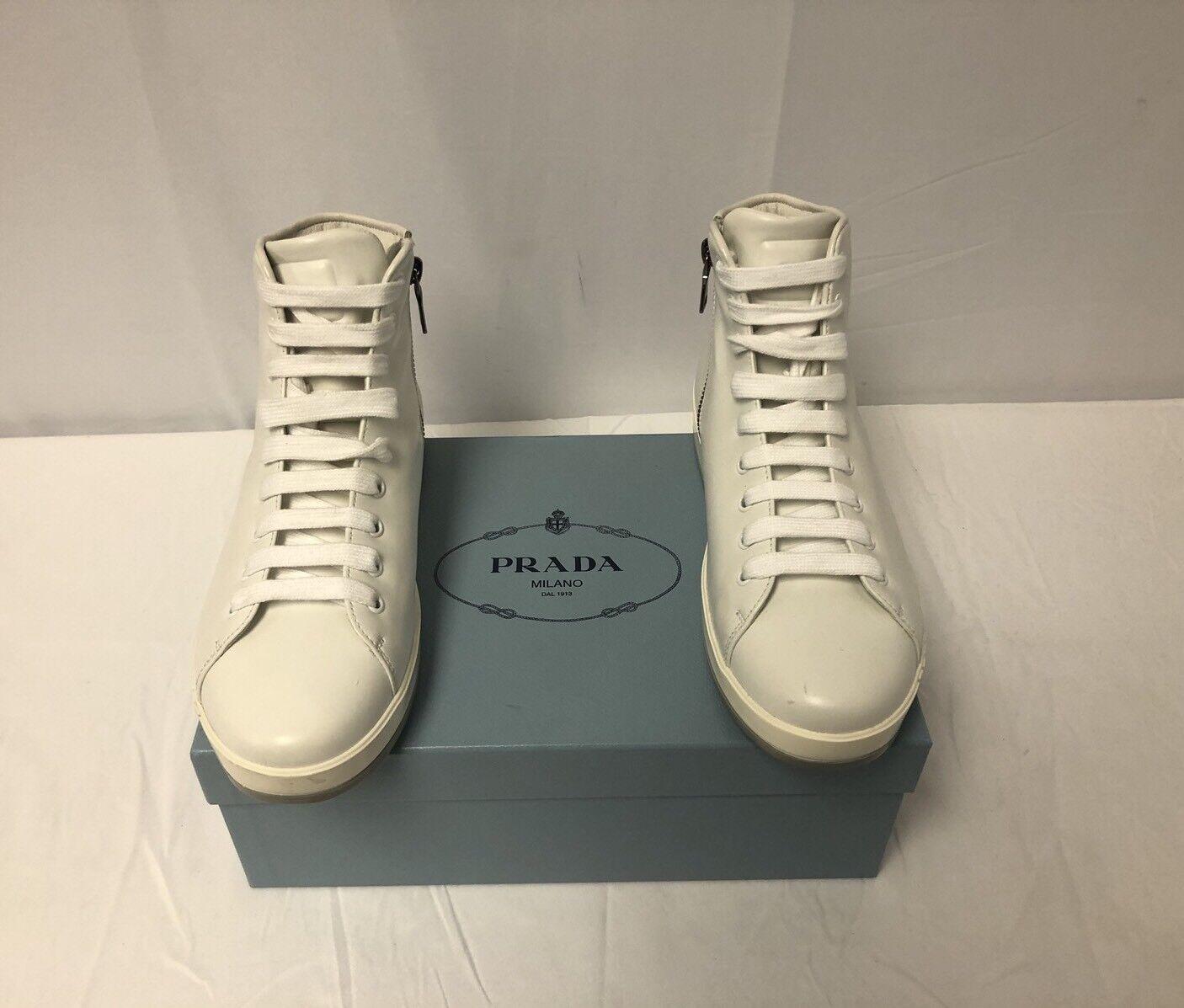 New In Box Prada Optic Weiß Leather High-Top Turnschuhe Größe 39.5 9US  695.00