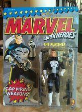 Punisher Marvel Super Heroes figure MOC 1993 Cap Firing Weapons hangtag tear NOS