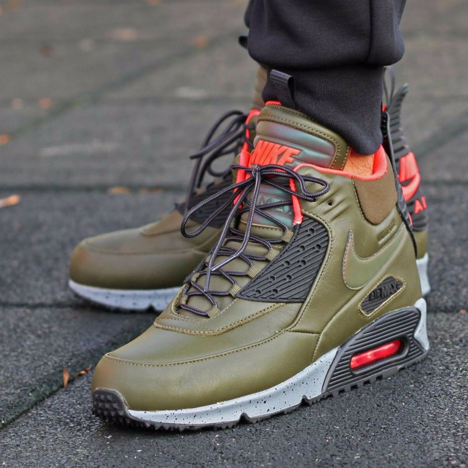 NIKE Air Max 90 Sneakerboot Mens Shoes Sz 8 684714-300  Dark Loden/Black