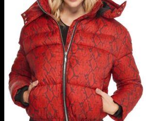 Femme-Guess-Vestee-rouge-Mechant-Imprime-Rembourre-Gilet-Anorak-Veste-Capuche-Taille-XS