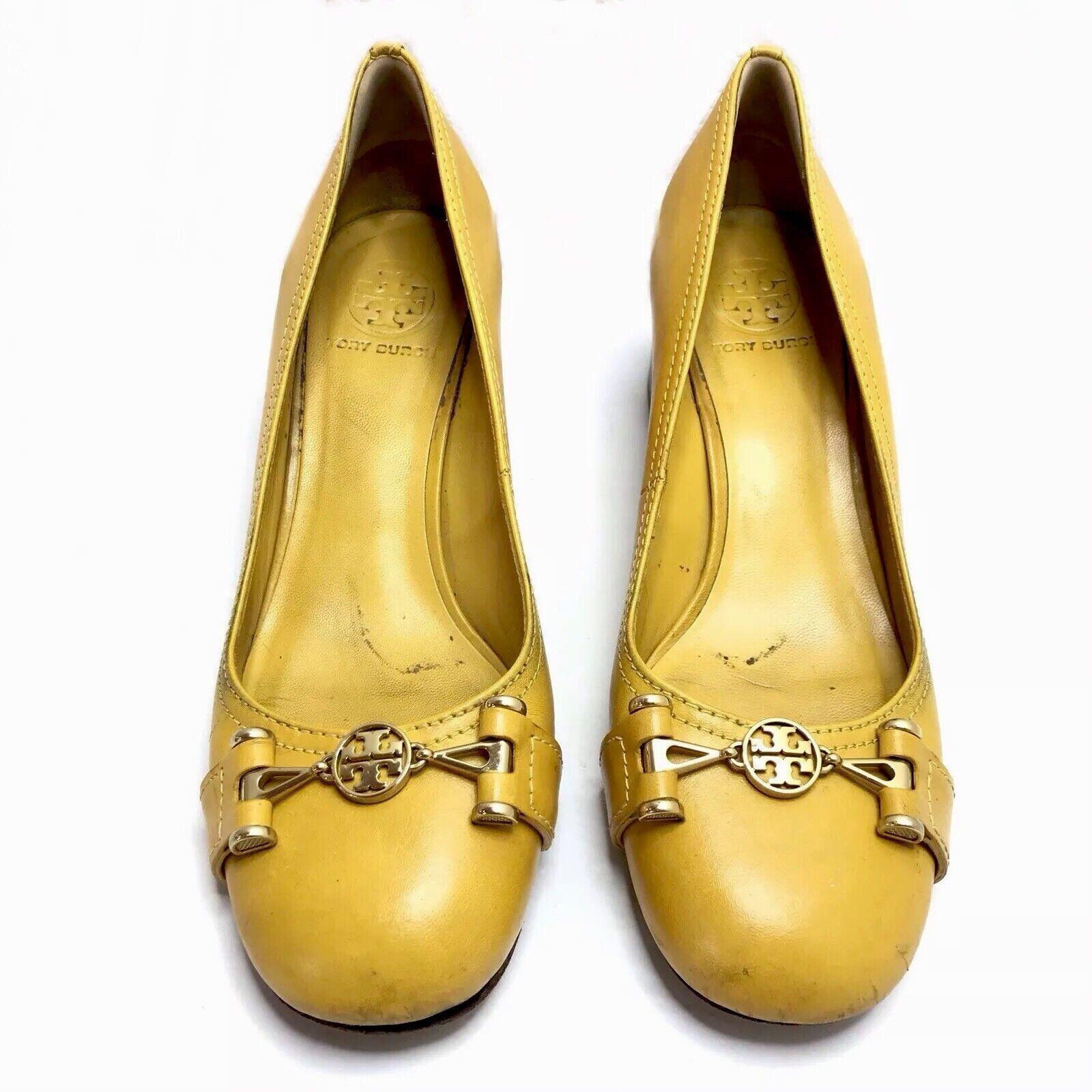 Tory Burch Heels Pumps Yellow Logo Emblem Women's 8.5
