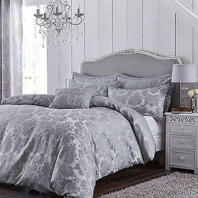 Catherine Lansfield Damask Jacquard Silver/Grey Luxury Duvet Cover Bedding Set