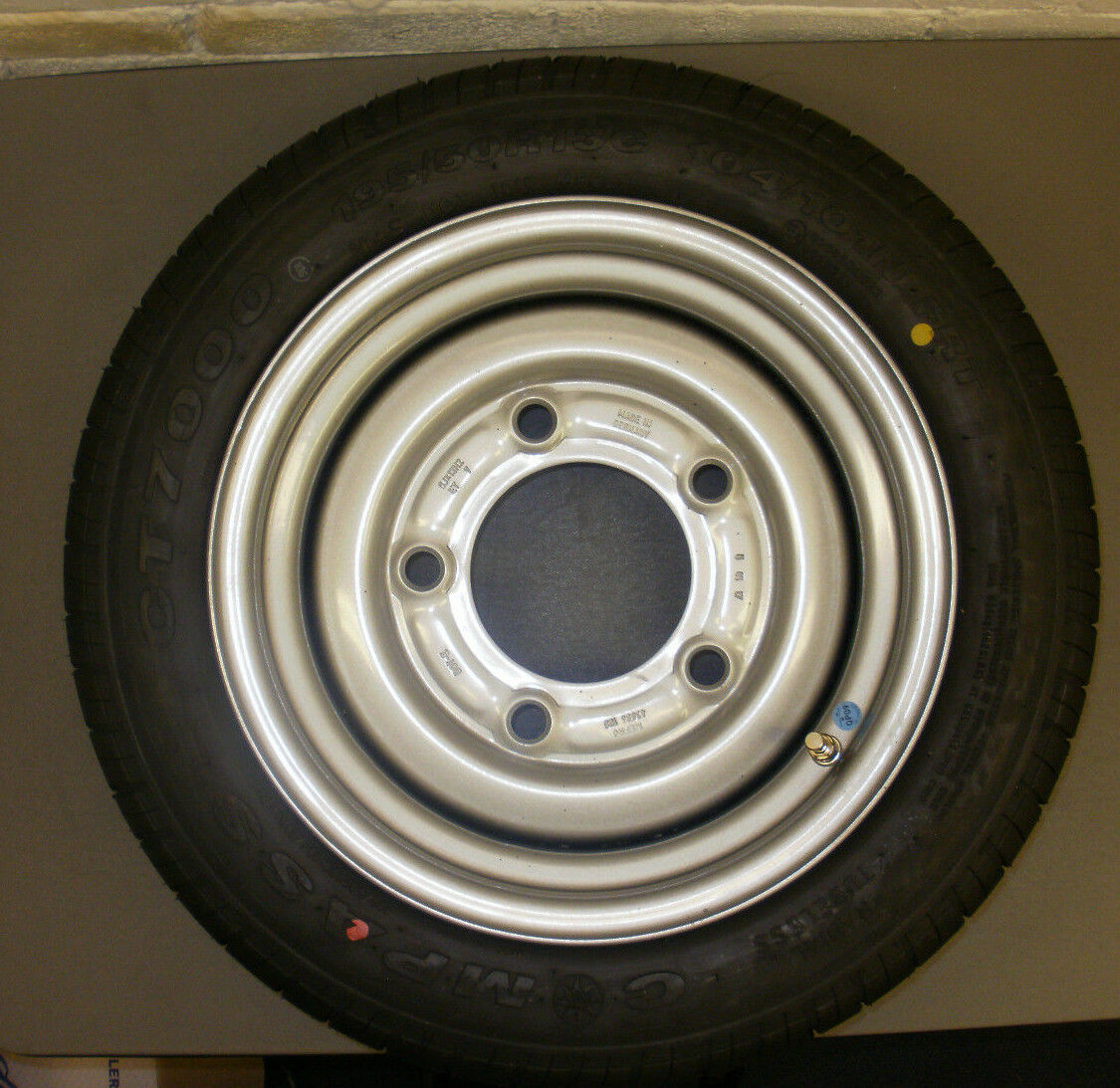 195/50/13 wheel and tyre assembly to fit Ifor Williams plant/livestock trailers.