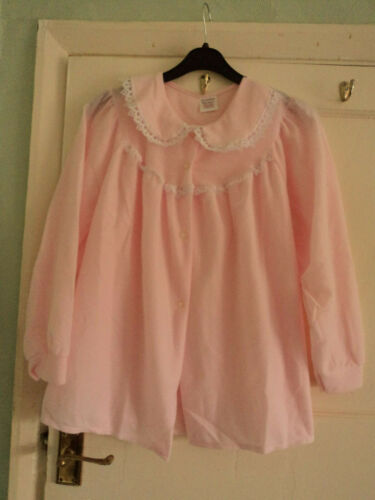 Ladies 100/% polyester bed jacket size 24-26  in pink or green