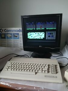 Nice-Commodore-C64-personal-computer-tested-BOX