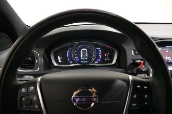 Volvo V60 2,0 D3 150 R-Design aut. - billede 3