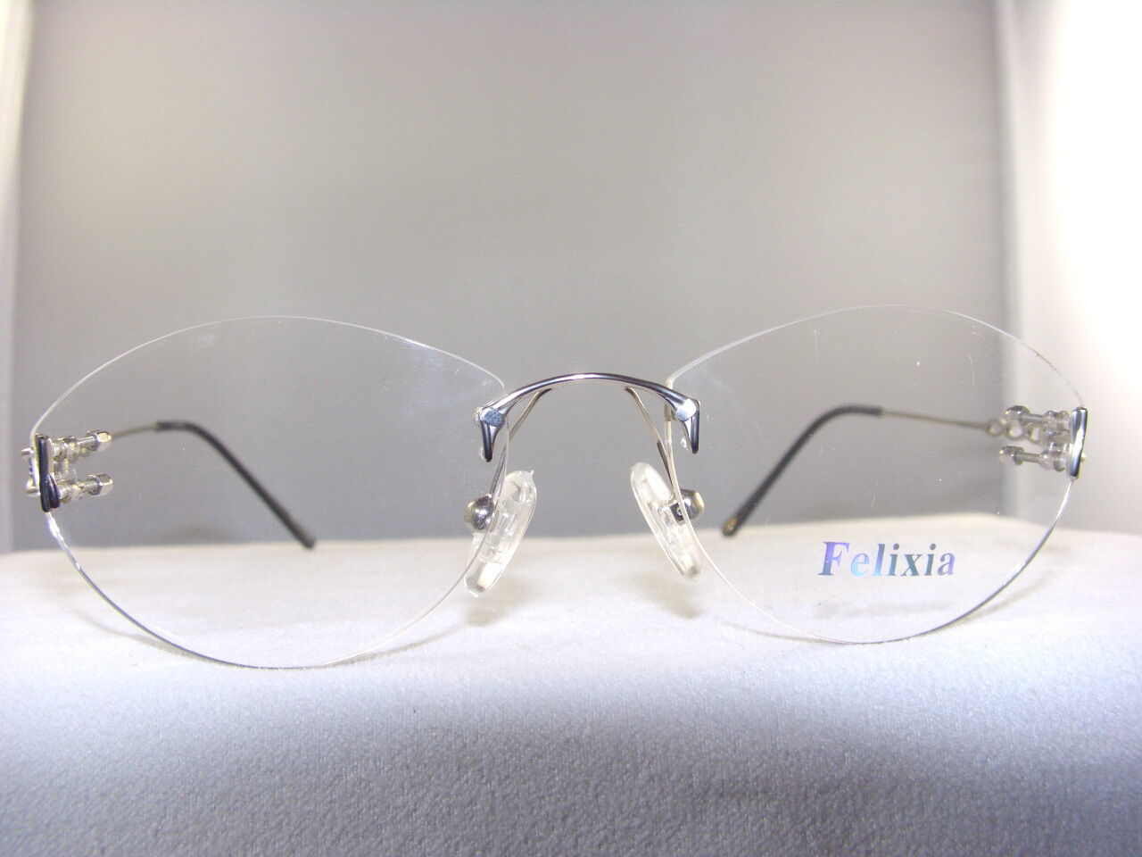 Eyeglass Frame Pieces : WOMENS FELIXIA #1008 BLACK & SILVER 3 PIECE RIMLESS ...