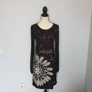 Damen-DESIGUAL-Schwarz-Grun-Langarm-Dress-Kleider-Gr-M