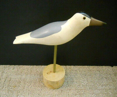 Flying Seagull Figurine Polystone Nautical Beach Seaside Bird Decor Wall Hanging