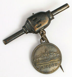 REVOLUTIONARY WAR BOSTON US NAVY GUN ANCHOR WINDLASS CAPSTAN CANNON PIN INSIGNIA