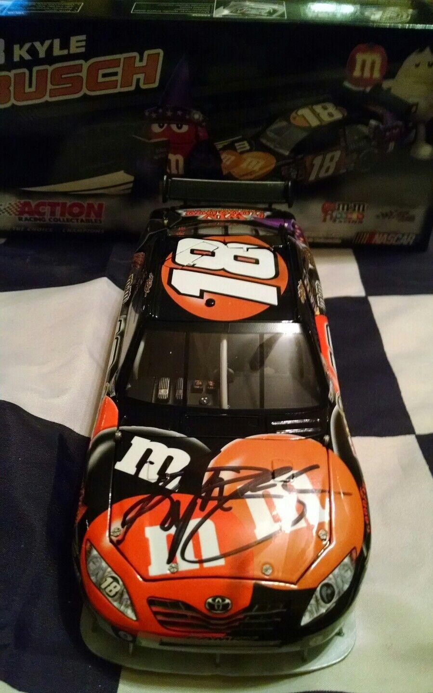 2009 Kyle Busch dédicacé  18 m & m's Halloween ACTION 1 24