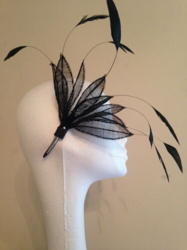Fascinator Kit /'Posh Lily/' Please specify which colour you would like.