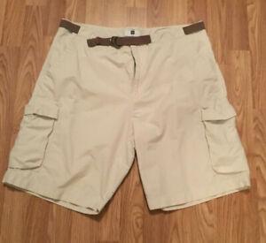Gap-beige-Mens-cargo-Shorts-size-38