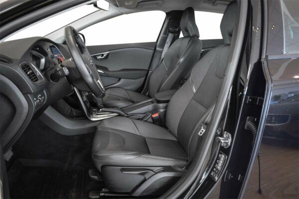 Volvo V40 CC 2,0 D3 150 Momentum aut. billede 6