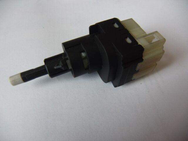 Bremslichtschalter Schalter Taster Bremslicht Bremsleuchte GOLF A3 LEON TOURAN