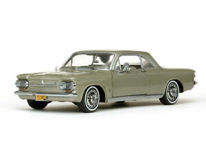 SUNSTAR-1485-1486-CHEVROLET-CORVAIR-COUPE-model-cars-Autumn-gold-silver-63-1-18