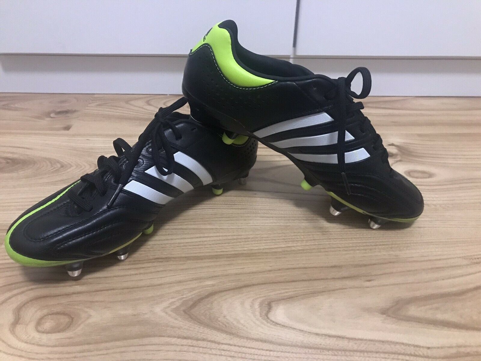 Adidas Adipure 11pro 39 1 3 NEU LEDER Schwarz-Grün Eisenstollen Männerschuh