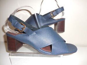 Navy Blue Strappy Shoes / Sandals Size