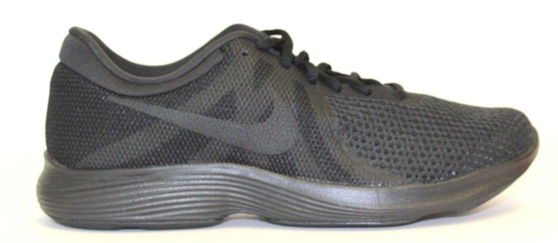 Nike Revolution 4 908988-002  Men's Size  8.5