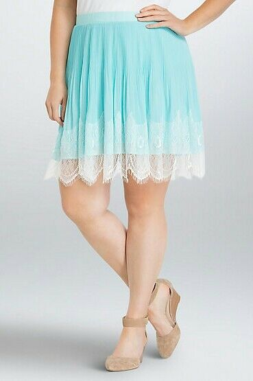 Torrid Womens Skirt Plus Size 16W Turquoise Pleated White Lace Trim  (FFF19)