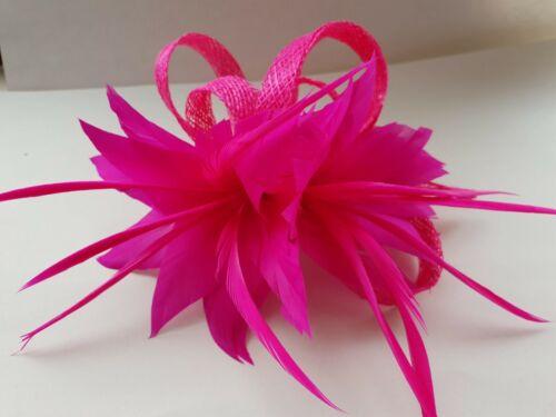 Beautiful Fuschia feather /& sinamay looped design fascinator wedding//092