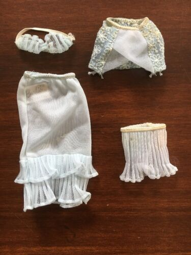 Vintage 195962 Barbie Undergarments #919 TM Version Complete & Excellent